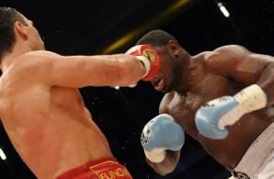 Le champion de boxe Abrar Hussain tué par balles...