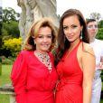 Caroline Gruosi-Scheufele et Camilla Al Fayed lors du 13e White Tie & Tiara Ball, en partenariat avec Chopard, au profit de la fondation Elton John Aids