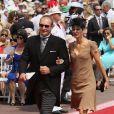 Francois Pienaar et sa femme Nerine arrivent à la cérémonie religieuse du mariage du prince Albert et de Charlene Wittstock, à Monaco, le 2 juillet 2011
