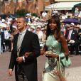 Vladimir Doronin et sa douce Naomi Campbell arrivent à la cérémonie religieuse du mariage du prince Albert et de  Charlene Wittstock, à Monaco, le 2 juillet 2011