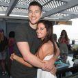 Ashley Tisdale fête dignement son 26ème anniversaire en compagnie de ses amis et notamment de Zac Efron avec lequel elle est très proche ! Le 2 juillet à Malibu. Ici avec son boyfriend Scott Speer.