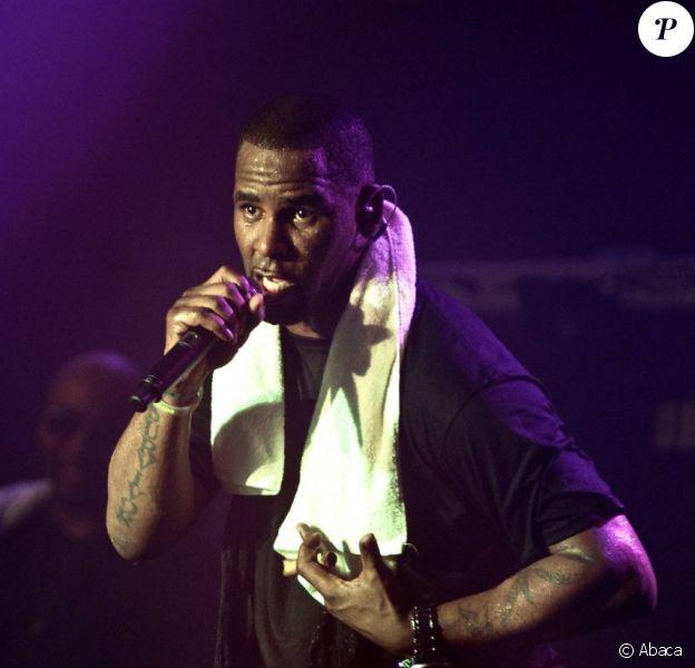R. Kelly en concert à Paris, le 30 avril 2011.