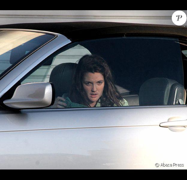 Drew Barrymore dans sa voiture
