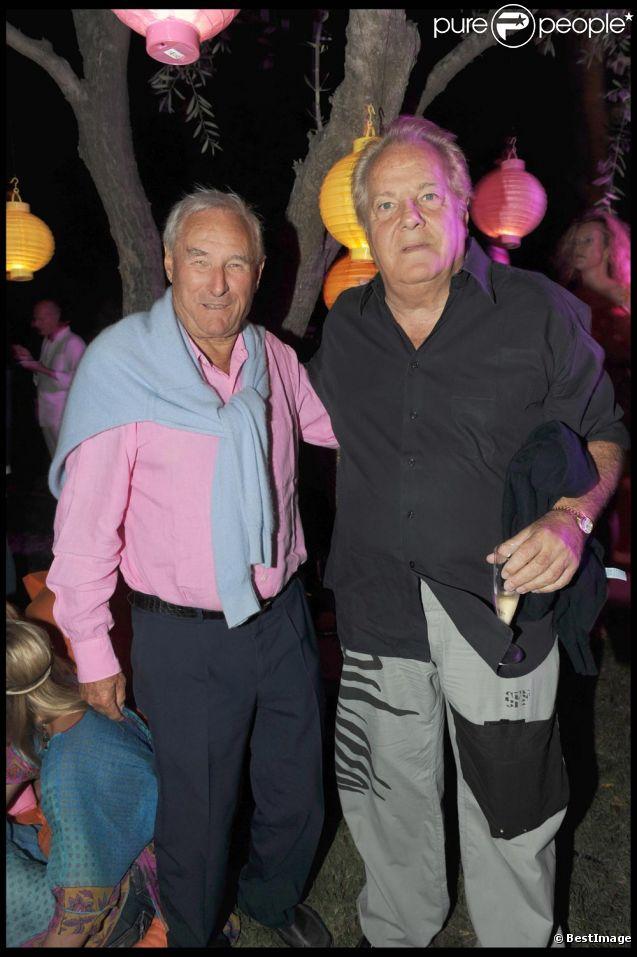 Gérard de Villiers à Saint Tropez en Aout 2010 avec son ami Massimo