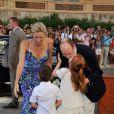 Le prince Albert et la princesse Charlene de Monaco consacraient jeudi 21 juillet leur première sortie officielle, au lendemain de leur retour de lune de miel, à l'exposition L'Histoire du mariage princier prolongeant la magie de leur noce.