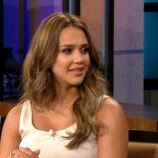 Jessica Alba : Très enceinte, elle assure en promo et parle bébé...