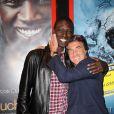 Omar Sy et François Cluzet lors de la présentation du film Intouchables en ouverture du festival du film francophone d'Angoulême le 24 août 2011