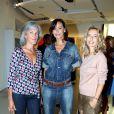 Tatiana de Rosnay, Mathilda May et Alexandra Golovanoff lors du vernissage de l'exposition L'art, l'amour, la mode. Le 1er septembre  2011