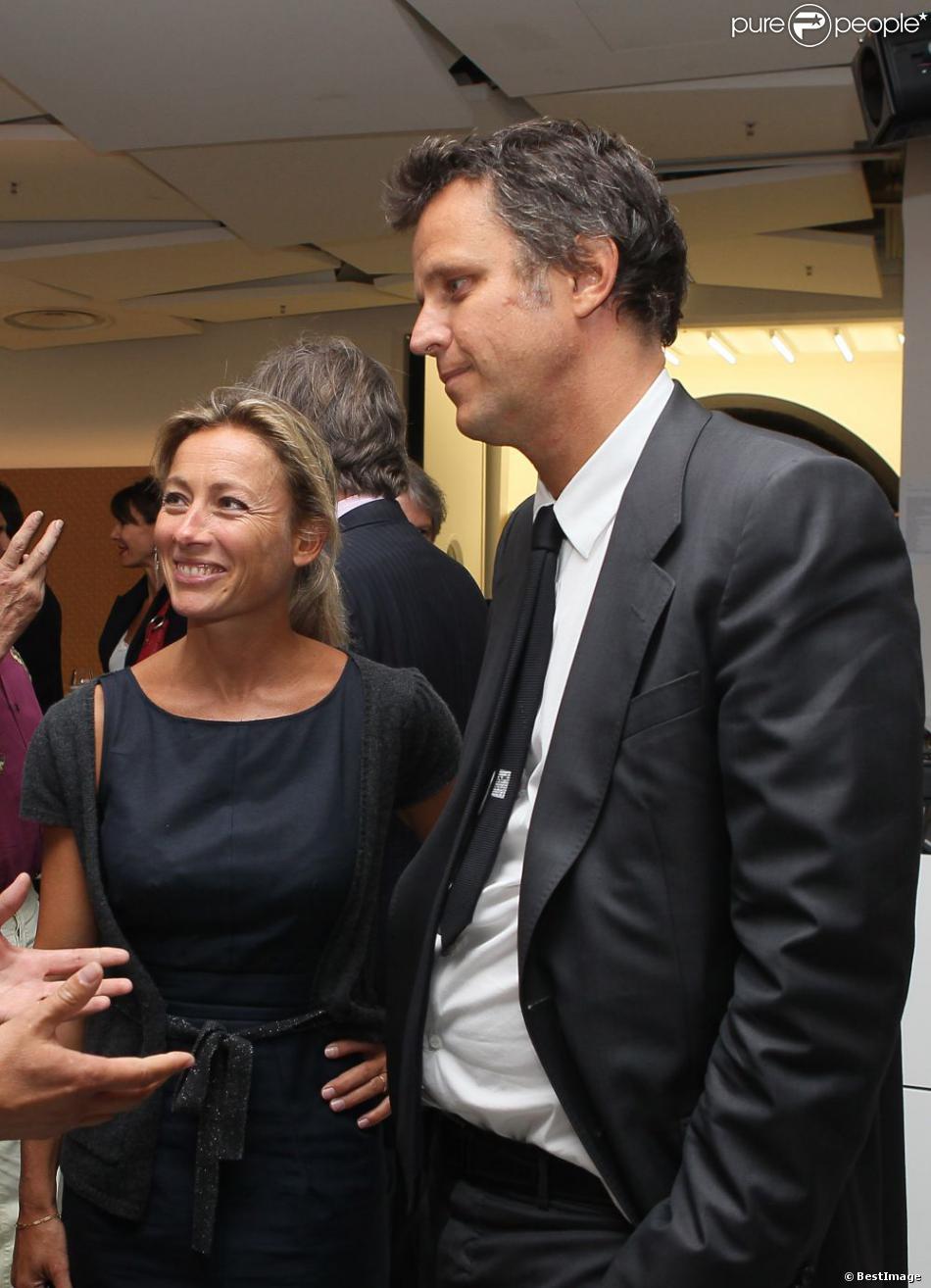 anne sophie lapix et son poux arthur sadoun lors du vernissage de lexposition lart lamour la mode le 1er septembre 2011 - Arthur Sadoun Mariage