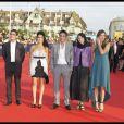 Benjamin Siksou, Sabrina Ouazani, Samuel Benchetrit, Leila Hatami et Elisa Sednaoui lors de la cérémonie d'ouverture du Festival du cinéma américain de Deauville. Le 2 septembre 2011