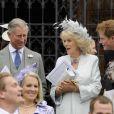 La famille royale au grand complet pour Peter Phillips et Antumn Kelly : ici le prince Charles et lady Camilla