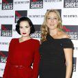 Dita Von Teese et Stephanie Phair à l'avant-première du documentaire God Save My Shoes, à New York, le 7 septembre 2011