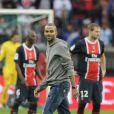 Tony Parker a donné le coup d'envoi du match PSG - Nice au Parc des Princes le 21 septembre 2011