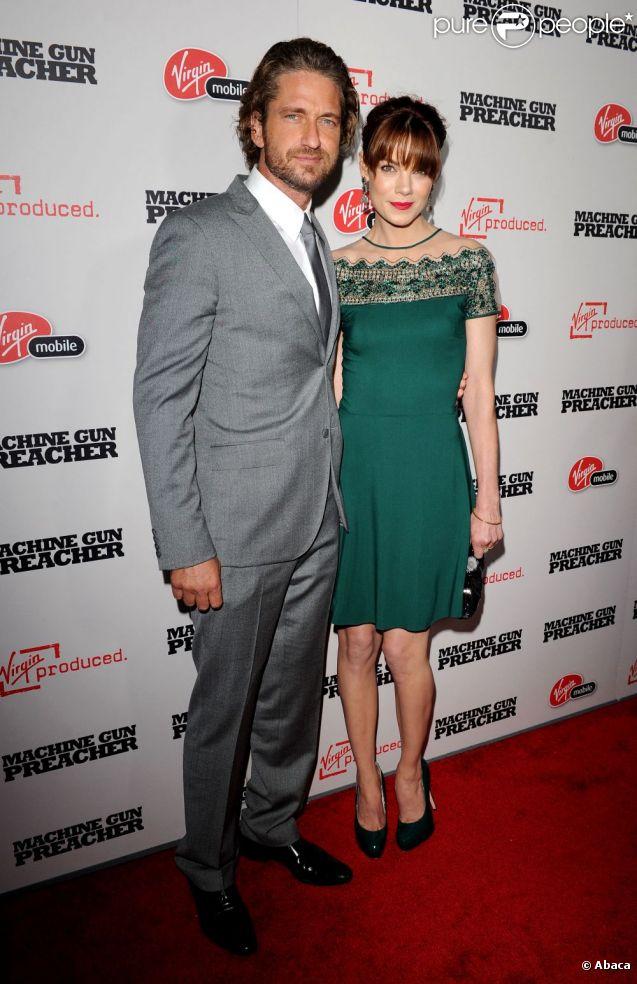 LEs deux acteurs Gerard Butler et Michelle Monaghan, à l'avant-première de  Machine Gun Preacher , le 21 septembre 2011 à Los Angeles