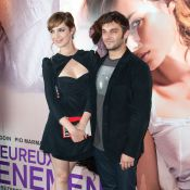Louise Bourgoin et Pio Marmaï, complices et adorables, présentent leur ''bébé''
