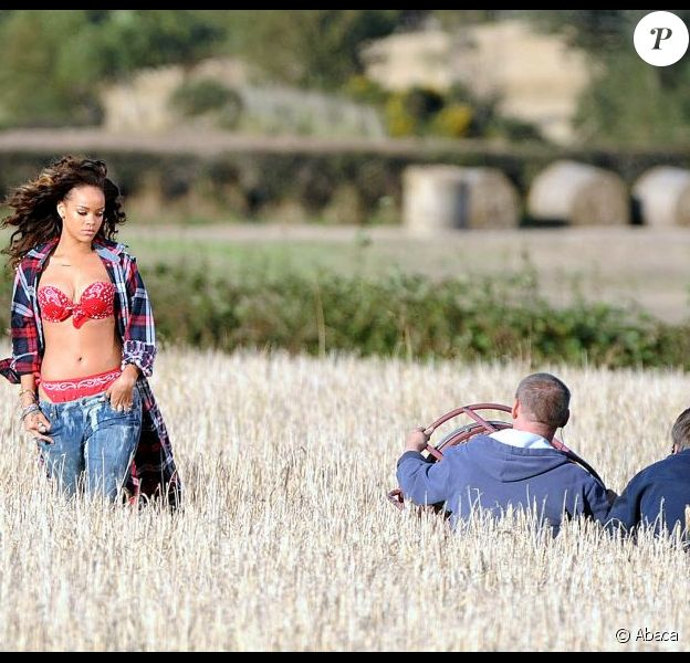 Rihanna sur le tournage du clip de We Found Love, en Ireland le 26 septembre 2011