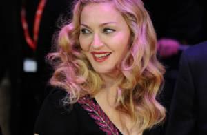 Madonna : Un grand sourire face aux violentes critiques