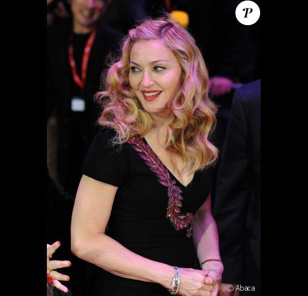Madonna présente avec fierté son film W.E. au festival de Londres, le 23 octobre 2011.