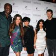 Kim Kardashian et son mari Kris Humphries en compagnie de sa soeur Khloe et son mari Lamar Odom, et de sa mère Kris Jenner à l'anniversaire de Kim à Las Vegas le 22 octobre 2011