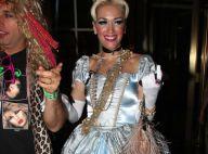 Gwen Stefani : Une divine Cendrillon auprès d'Emma Roberts en soubrette sexy
