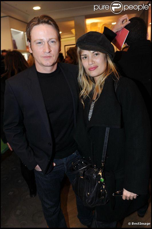 Benoît Magimel et sa compagne Nikita en mars 2011 lors de l'inauguration d'une boutique Gérard Darel