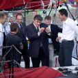 David Douillet au côté du duo de skipper Marc Thiercelin-Luc Alphand sur DCNS 1000 qui prendra la départ de la Transat Jacques Vabre le 29 octobre 2011 au Port du Havre