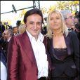 Dick Rivers et sa femme lors de la montée des marches de La Revanche des Sith à Cannes le 14 mai 2005