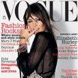 Novembre 2003 : Elizabeth Hurley pose une fois de plus pour le magazine Vogue.