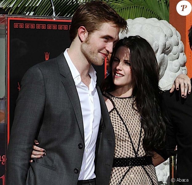 Robert Pattinson et Kristen Stewart au Grauman's Chinese Theater de Los Angeles, le 3 novembre 2011.