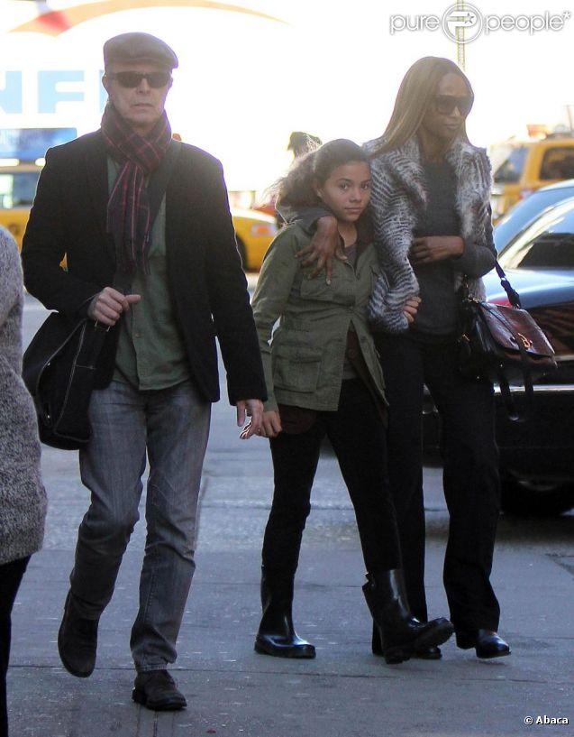 David Bowie et sa femme Iman vont chercher leur fille Alexandria à l'école, à New York le vendredi 4 novembre 2011