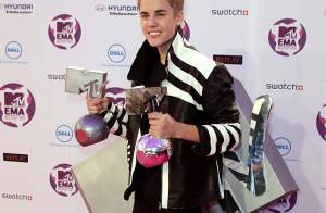 MTV EMA's côté press room : Justin Bieber heureux et la très sexy Irina Shayk...