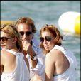 La mythique plage de la Voile Rouge recevait la princesse Béatrice et Dave Clark en 2010