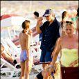 La mythique plage de la Voile Rouge recevait George Clooney en 2000