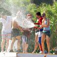La mythique plage de la Voile Rouge recevait  avec bain au champagne Paris Hilton en 2010