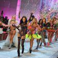 Le final du défilé Victoria's Secret, mené par Alessandra Ambrosio et Adriana Lima. New York, le 9 novembre 2011.