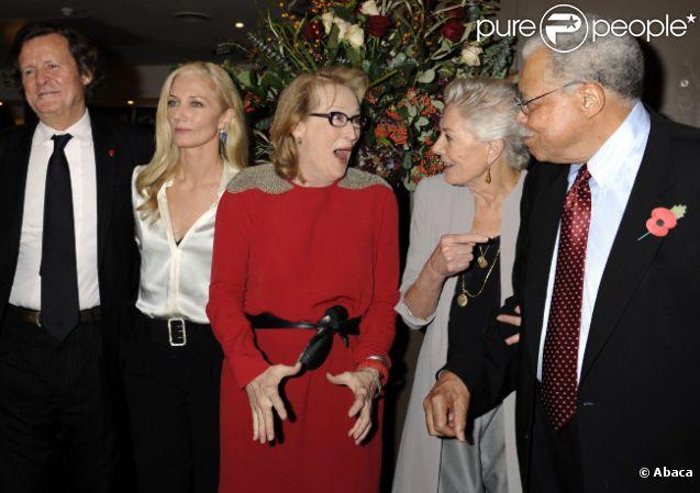David Hare, Joely Richardson, Meryl Streep, Vanessa Redgrave et James Earl Jones pour l'hommage rendu par l'Académie des Oscars à Londres le 13 novembre 2011.