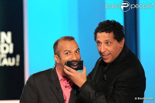 Smaïn et Pascal Légitimus sur le plateau de l'émission Vendredi sur un plateau !, diffusée le 18 novembre 2011 sur France 3