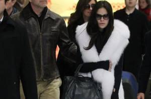 Bal des débutantes : Bruce Willis, papa poule, est à Paris avec ses filles