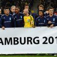 Résumé du 9e Match contre la Pauvreté, qui a vu l'équipe de stars des ambassadeurs  du PNUD Zinedine Zidane et Ronaldo vaincre une sélection All-Star du HSV  Hambourg 5 à 4, le 13 décembre 2011.