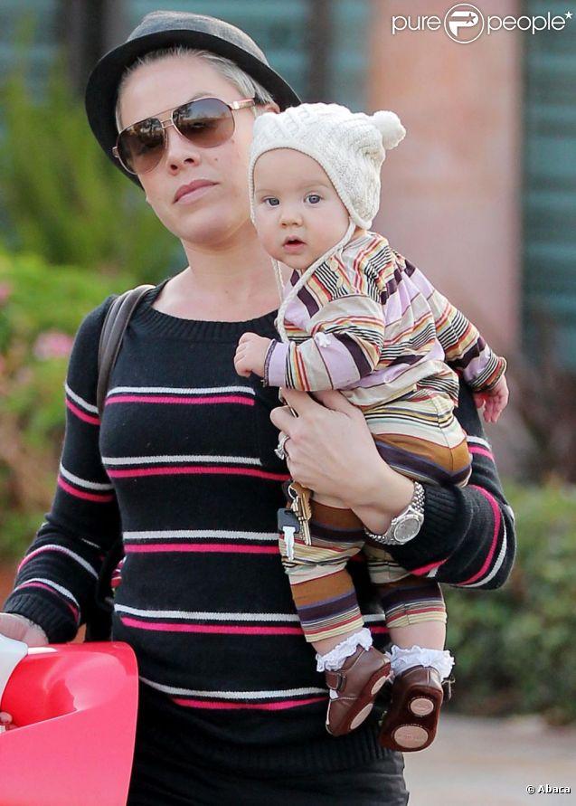 Pink en sortie avec sa fille Willow à Malibu le 14 décembre 2011
