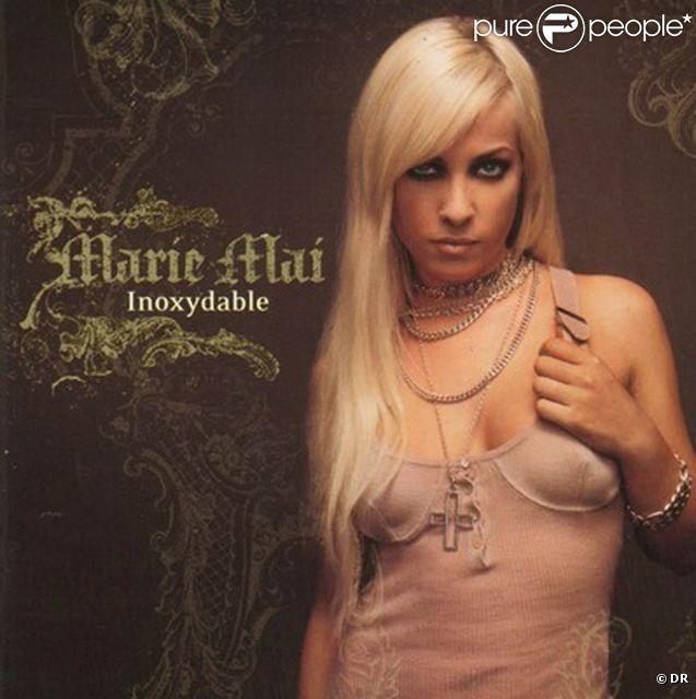Marie mai son premier album inoxydable for Marie mai album miroir