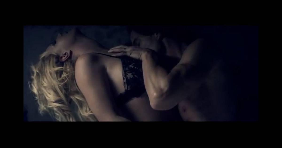 Секс клипи мр4 бритни спирс скачат