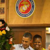 Barack et Michelle Obama, des bébés dans les bras, craquent littéralement