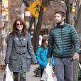 Julianne Moore, son mari Bart Freundlich et leur fille Liv, le 26 décembre 2011 à New York.