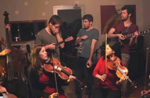 Koren Ensemble : 15 génériques de séries tv cultes en un medley-pastiche