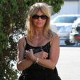 Goldie Hawn se promène dans Los Angeles le 8 janvier 2012