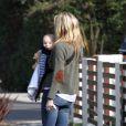 Kate Hudson et son fils Bingham passent une journée ensoleillée à Los Angeles le 7 janvier 2012