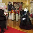 Margrethe II de Danemark, entourée de son mari, de ses fils et de sa belle-fille la princesse Mary, prenait part, dans l'après-midi du 11 janvier 2012, au vernissage de l'exposition 'Royal Gala' au Musée d'Amalienborg, présentant pléthore de robes de gala et d'uniformes utilisés sous son règne.