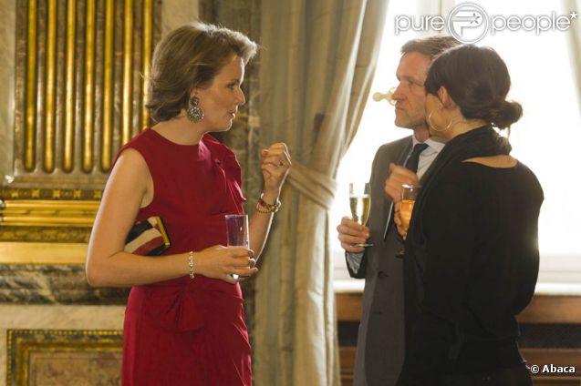La princesse Mathilde, atout charme des réceptions royales... Le roi Albert et la reine Paola, épaulés par le prince Philippe et la princesse Mathilde, recevaient pour le Nouvel An Mgr Berloco et les chefs de mission diplomatique au palais Laeken, à Bruxelles, le 11 janvier 2012.