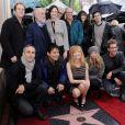 Marg Helgenberger reçoit son étoile devant ses collègues des Experts, à Los Angeles, le 23 janvier 2012